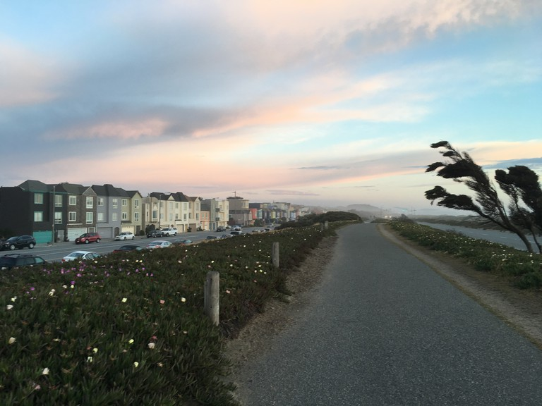 Great Highway footpath