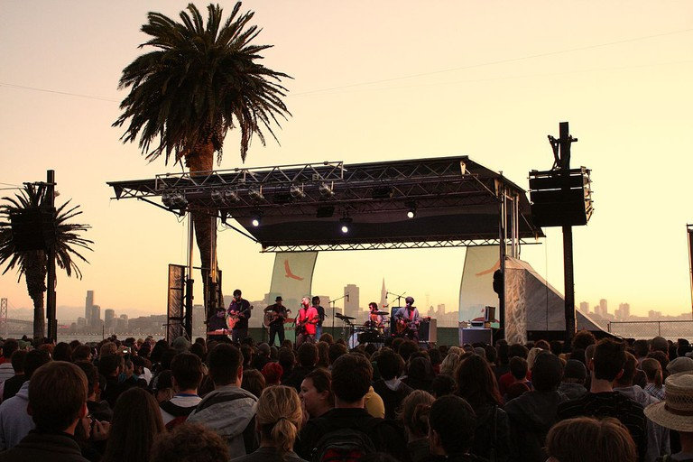 Dr. Dog performing at the 2008 Treasure Island Music Festival