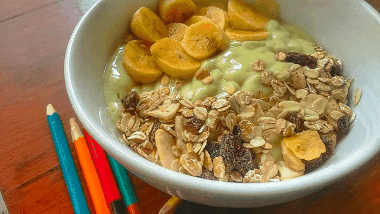Avocado Smoothie Bowl | @simpleplantkitchen via Instagram