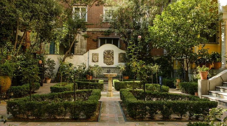After checking out the Sorolla in Paris exhibition, visit the museum's garden