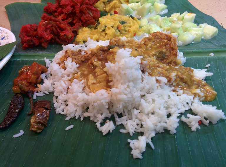 Sri-Nirwana-Maju-banana-leaf-rice