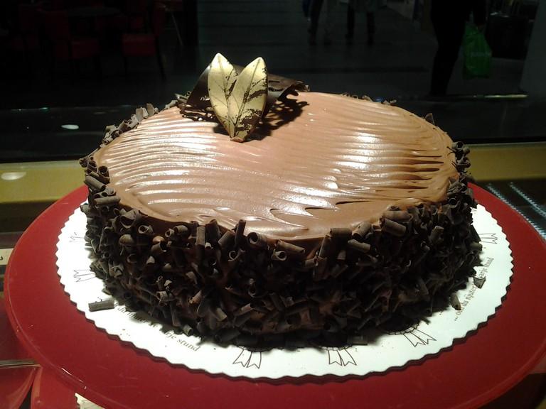 Ramin Konditoria chocolate cake
