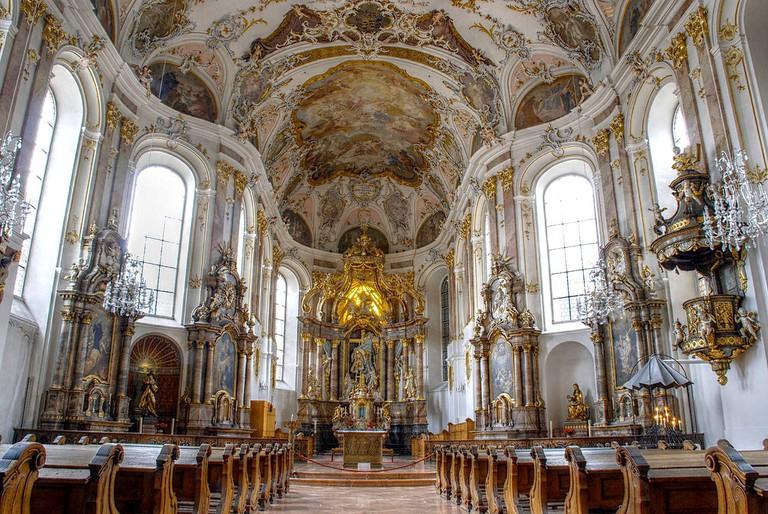 1280px-Seminarkirche_innen_Mainz