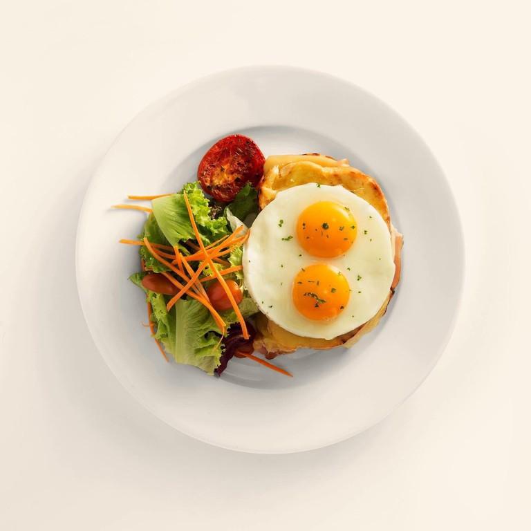 A L'Usine breakfast