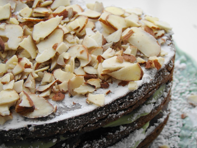 Raw vegan cake