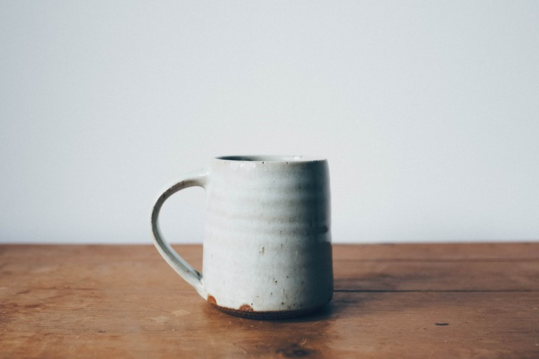 Cannes is a wonderful place to pick up some local porcelain |© Annie Spratt / Unsplash