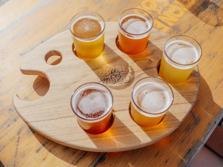 craft-beer-wine-tasting-room