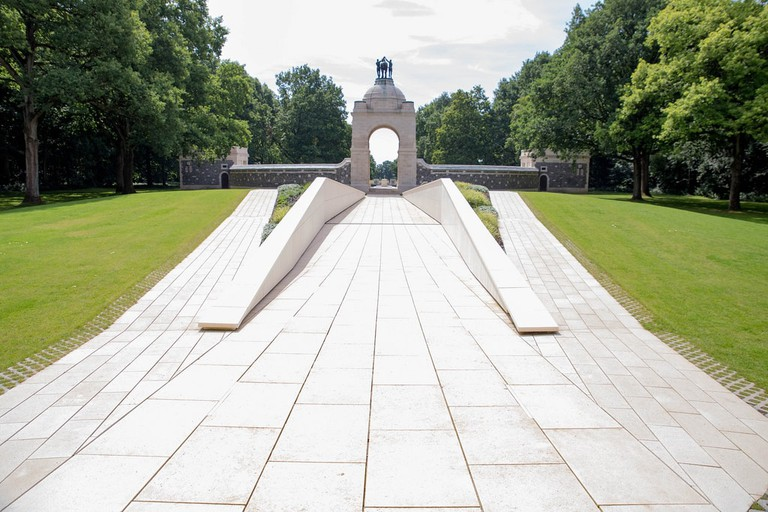 South African War Memorial at Delville Wood |© Clemens Vasters/Flickr