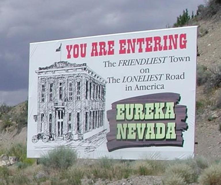 Eureka,_Nevada_welcome_sign