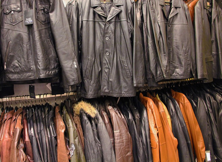 Leather jackets © Sekmous / Wikimedia Commons