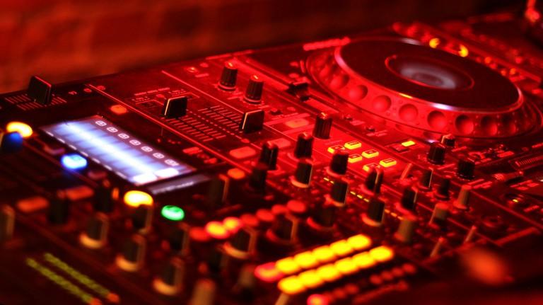 mixer-886899_1920