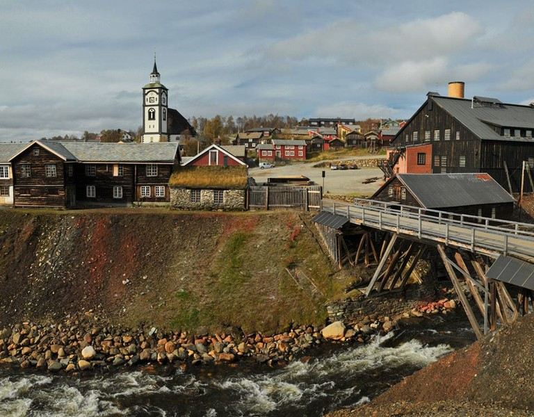 Røros in autumn, © Peter Møllenkamp, Courtesy of Destination Røros