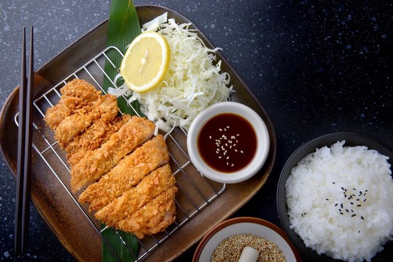 Japanese deep fried pork or tonkatsu set with rice | © NPDstock/Shutterstock