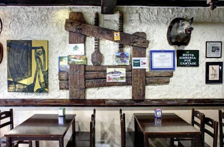 Sidrería La Noceda, Oviedo, Asturias
