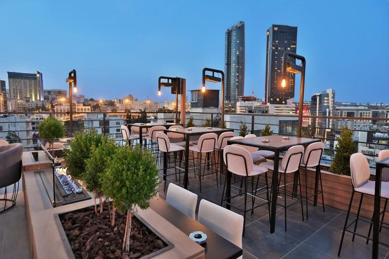 Kudeta-rooftop-bar-amman-jordan