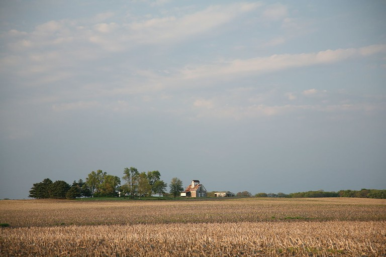 1200px-Illinois_farm