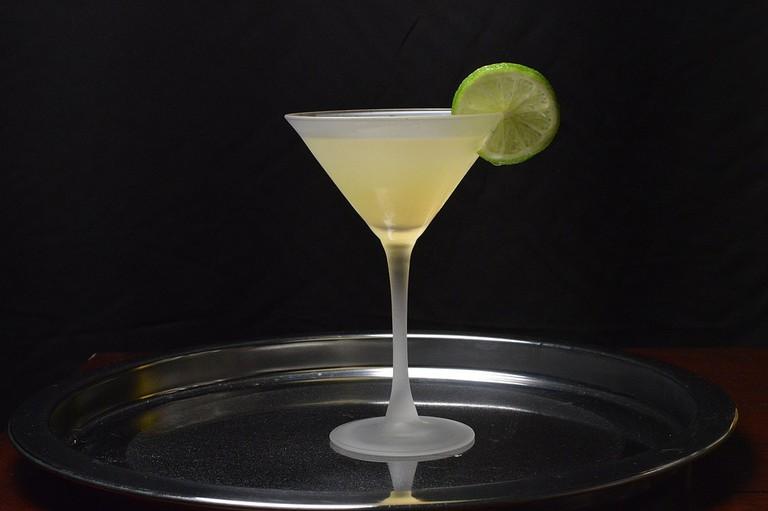 1200px-Kamikaze-cocktail