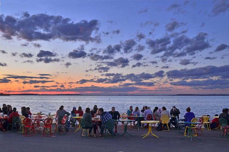 Sunset at Memorial Union Terrace | © Richard Hurd / Flickr
