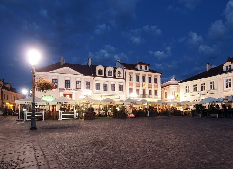 The Hotel Ambasadorski in the main square in Rzeszów | © Hotel Ambasadorski Rzeszów
