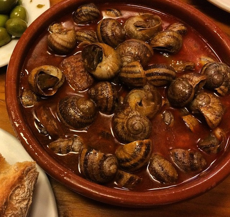 Madrid-style snails