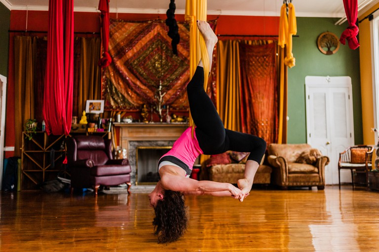 Aerial Yoga | © Studio N Photography / Flickr