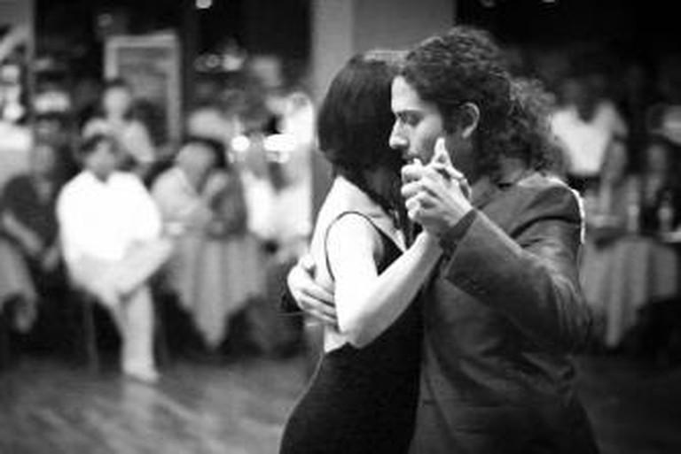 56-188165-tango-alejandro-gee