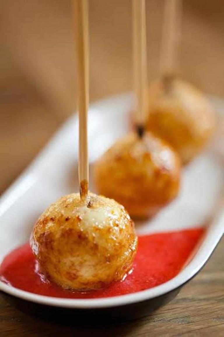 56-3628235-night-kitchen-creme-bru-le-e-lollipops-