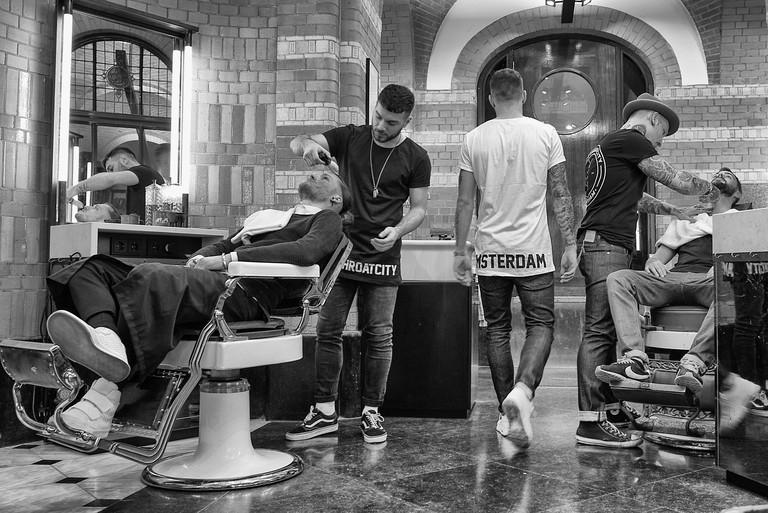 barber 12