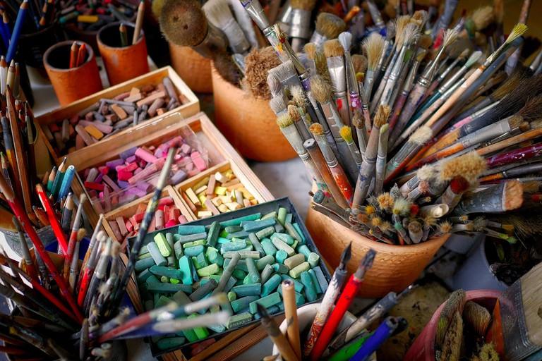 brush-2927793_1920
