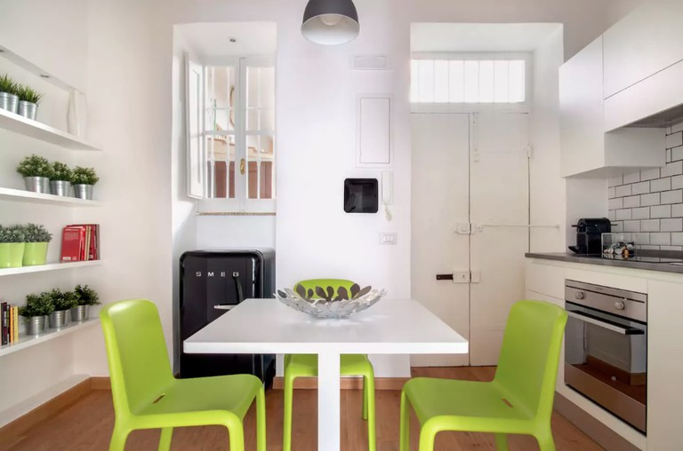 The light and bright kitchen