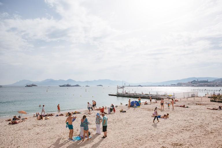 JCTP0068-Public Beach-Cannes-France-Fenn--111
