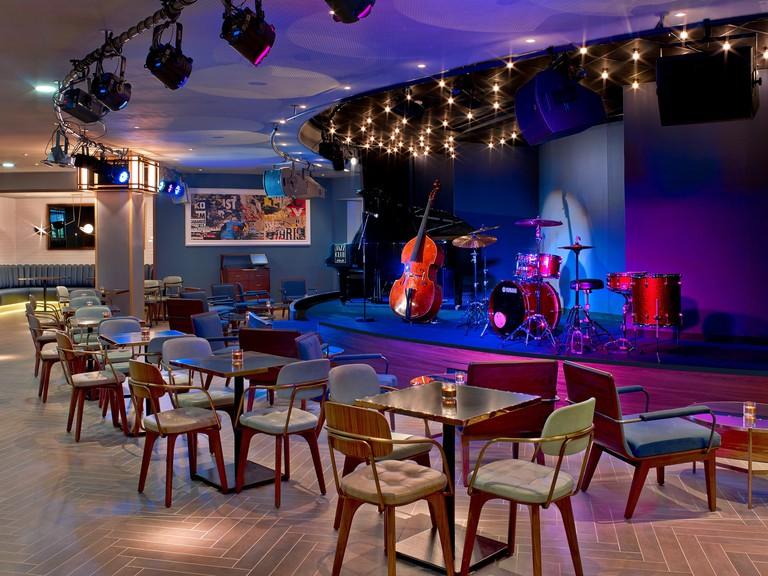 mer1919re-198280-Jazz Club Etoile--min