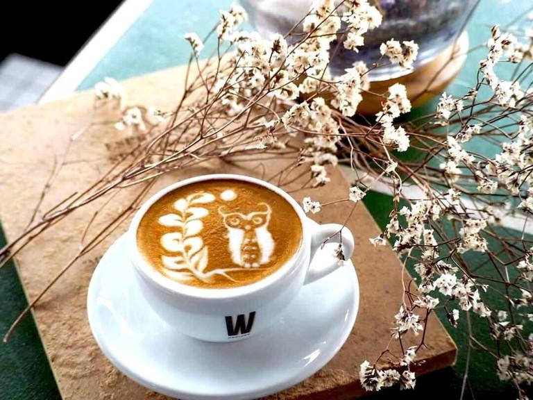 Monsta Cafe latte
