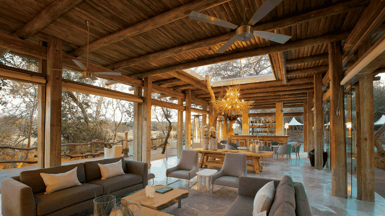 The elegantly decorated lounge is perfect for taking it easy after a day spent outdoors