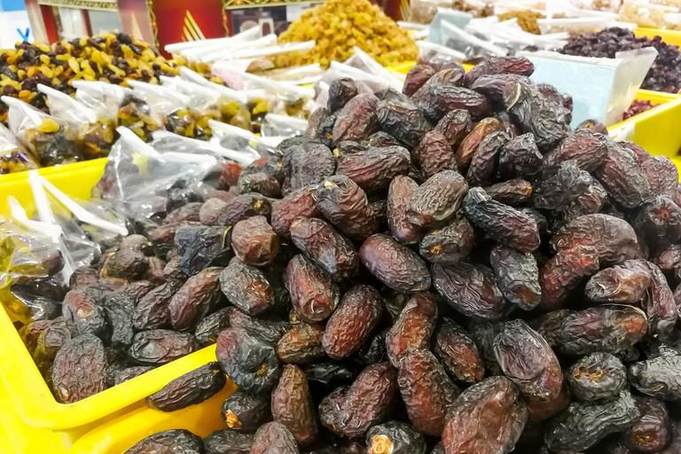 Sweet dried dates