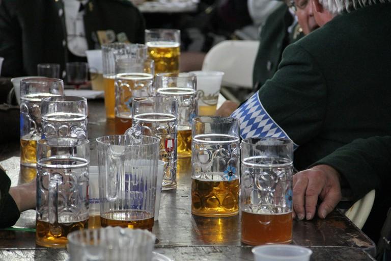 Steins of German beer © NYC / Flickr