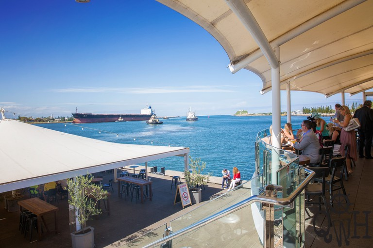 View of the harbour from the balcony of the Queens Wharf Hotel © Queens Wharf Hotel