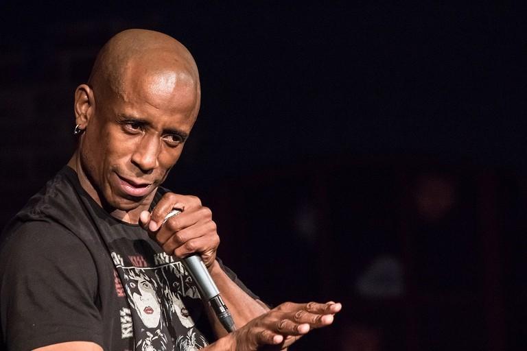 https://pixabay.com/en/comedian-face-performance-comic-2125295/