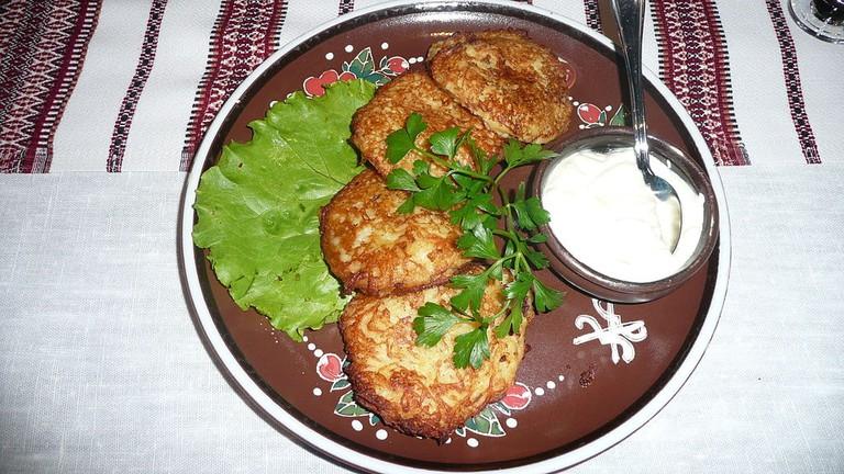 1024px-Deruny_Potato_Pancakes