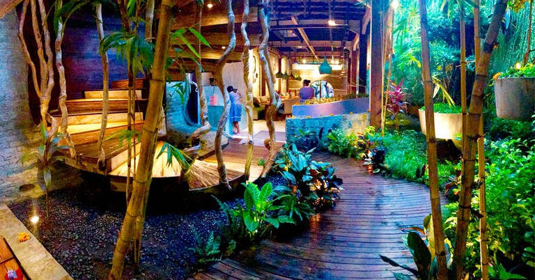 The cozy ambiance at Clear Café, Ubud, Bali