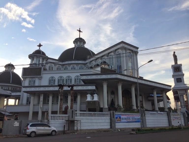 Gereja_Santo_Yoseph_-_Katedral_Pontianak