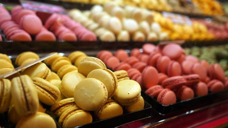 Fresh french macaron display