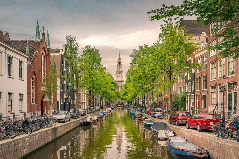 Groenburgwal canal, Nieuwmarkt, Netherlands