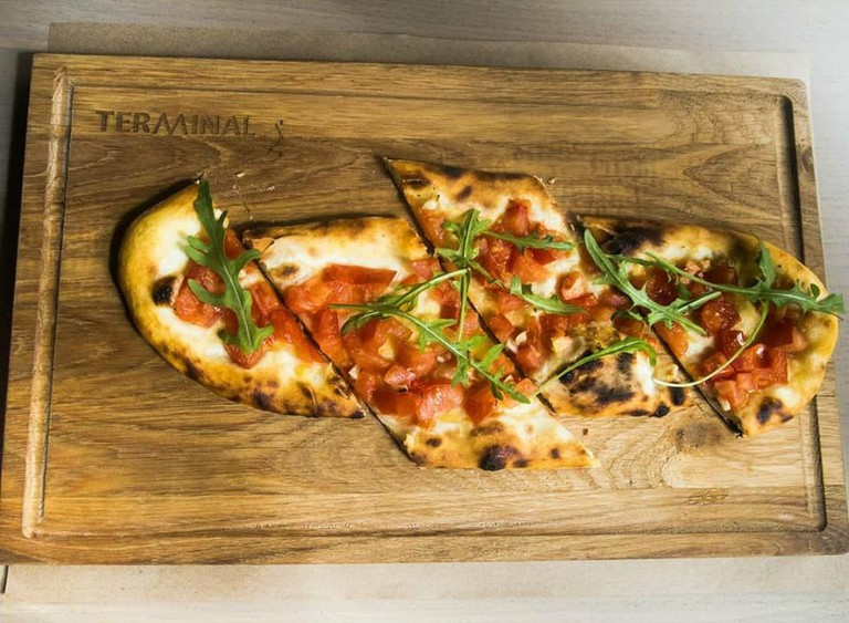 Tasty pizza and more at Terminal 7