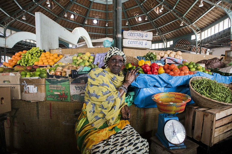 Vendors at a bazaar in Senegal