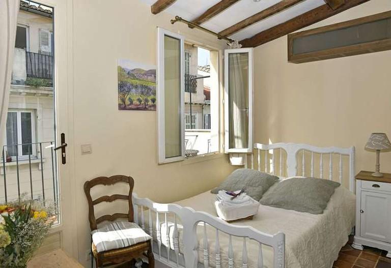 Guestroom at Un Mas en Ville