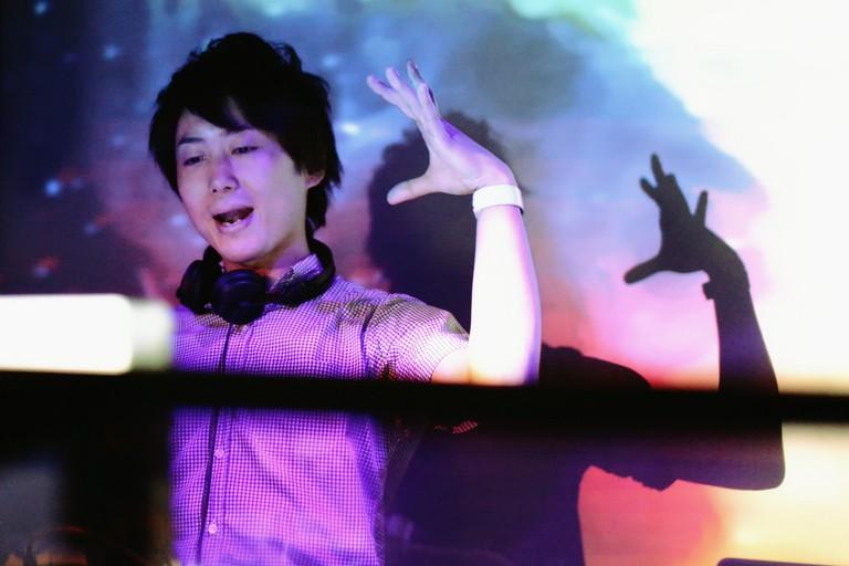 club_dj_osaka_japan