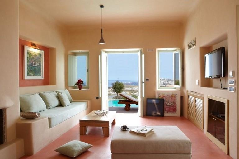 Voreina Gallery Suites
