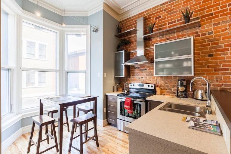 Authentic Victorian apartment Quebec City