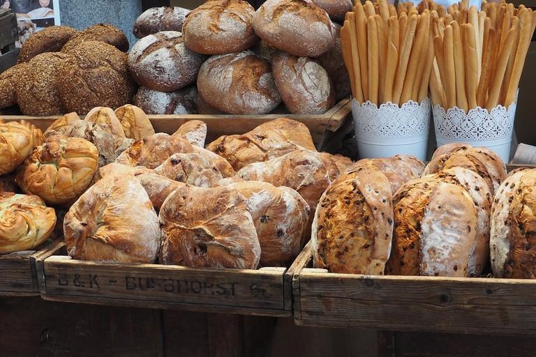 bread-2402350_1280
